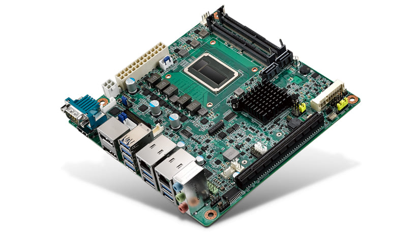 Mini-ITX Motherboard with Intel<sup>®</sup> Xeon i7-6822EQ with Dual DP++/HDMI/LVDS(eDP), 2 COM, Dual LAN, PCIe x16, M.2