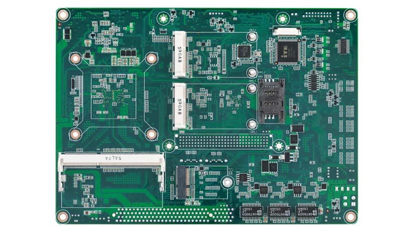 [貸出機有]Apollo lake SOC Intel Celeron N3350搭載、5.25インチ(EBX) VGA/LVDS/HDMI*, 3 GbE, 8 USB, 1 SATA, Audio, 1 Mini PCIe, 1 M.2 E kay, 1 m.SATA, 6 COMs